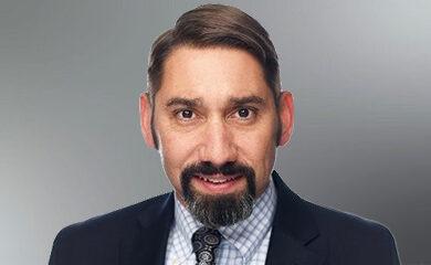 SVP Tony Alves' Headshot